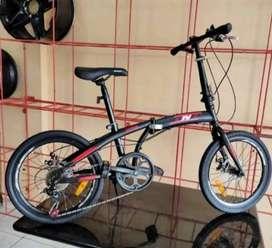 Kami menjual sepeda lipat Bnb Chris ukuran 20