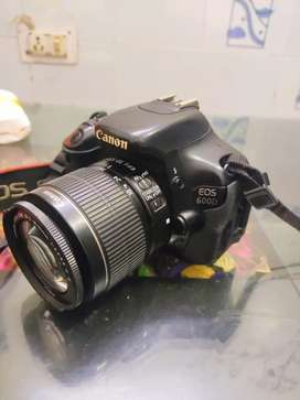 Canon 600D with all accessories or ring light with tripod 6ft