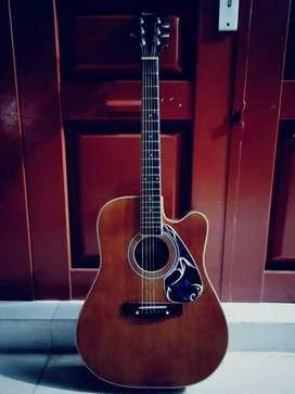 Gitar Ibanez, dijual butuh uang gercep boss