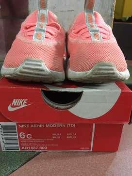 Prelove Nike Ashin Modern (TD)