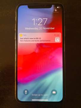 iPhone X 64 GB White / Silver + FREE Gift worth 2995