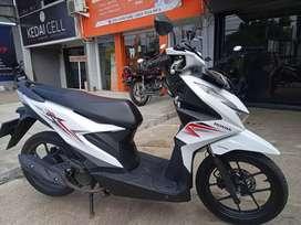 Honda Beat Fi Cbs Putih Th 2020 Gress body mulus mesin ok