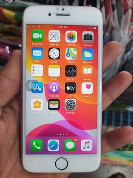 Iphone 6s 32 GB BOX AND CHARGER IS AVAILABLE