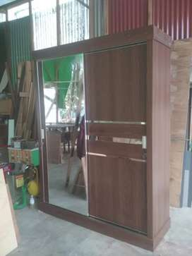 Lemari hpl pintu sliding