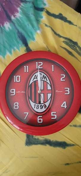 Dijual Jam Berlogo AC Milan!