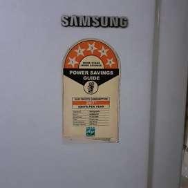 Samsung 255 litres 5 Star double door fridge