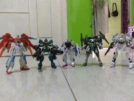Gundam HG Bandai  5 pcs