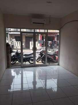 Disewakan Tempat Usaha Cocok untuk Teras BRI/SHowroom Motor/ATM Center