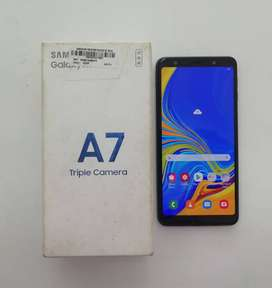 Samsung A7>Color Black>64GB Storage>4GB Ram>Box And Charger