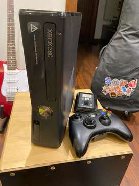XBOX 360 slim, with 80+ games, cheap price!