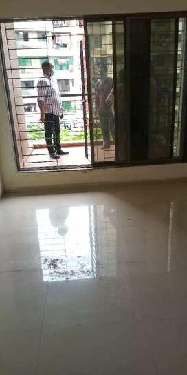 Urgent sell 1 bhk 620 sqft 32 lakh full package madhuvan vasai east