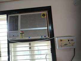 8 months old AC selling this becoz I'm moving to new flat