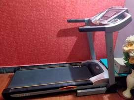 CFT-5151 Cruze treadmill