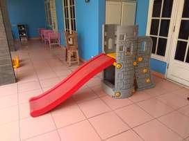 Mainan anak ayunan dan perosotan, perabotan anak, ayunan, prosot,