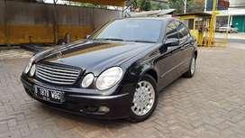 Mercedes Benz w211 E260 Hitam 2005