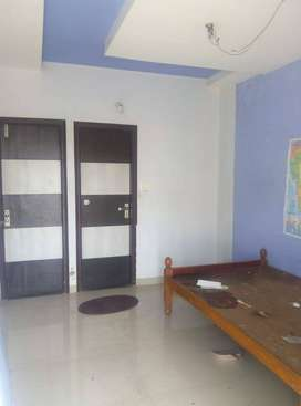 Independent Single room on rent for (Girls or Brother - Sister)
