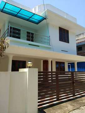 4.25 cent 1650 sqft 3 bhk new build ready to occupy at paravur town