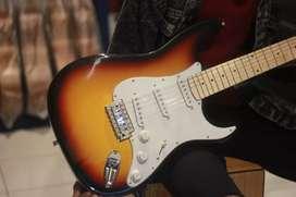 Gitar elektrik stratocaster sunbrush
