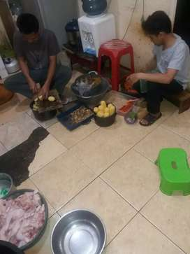 karyawan dapur antapani