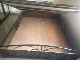 Hydrolic bed