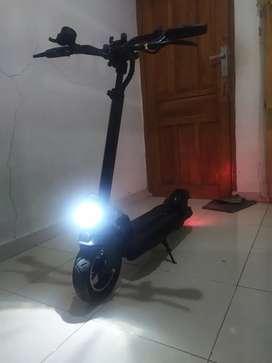 Scooter listrik Fassion 3