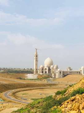 250 yards res plot available at ideal location of bahria town karachi