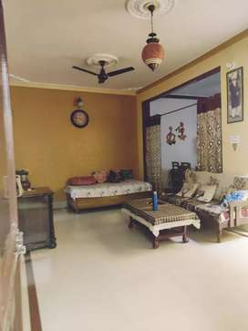"3bhk Villa 30x64 for sale in Mukta Prasad Nagar, sectors 7""Negotiable"""
