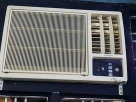 Hitachi window A C 1.5 ton Modal- RAW 218KRD