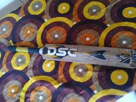 DSC original bat made of selected willow.