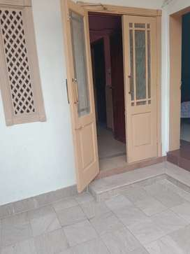 G-11/1 corner house with dual gate available for sale