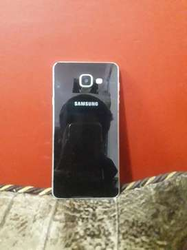 SamsungA7 in good condition 3gb ram 16gb internal storage with cover