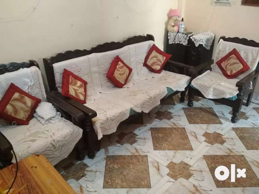 6 seater sofa set in good condition