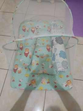 Dijual Kasur + kelambu Baby Bekas