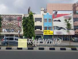 Ruko 3 lantai di Jl. Tuanku Tambusai