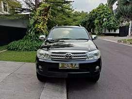 Toyota Fortuner G 2.5 Diesel Tahun 2010 istimewa murmer Automatic