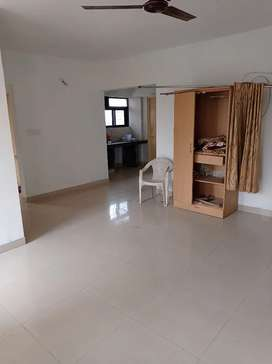 2 BHK spacious flat in prime location near Amanora City