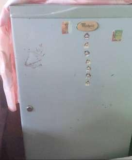 Whirlpool 165 Lt fridge.
