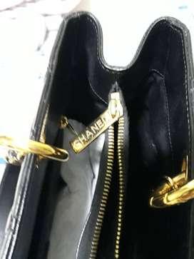 jual Tas asli merk Channel warna hitam