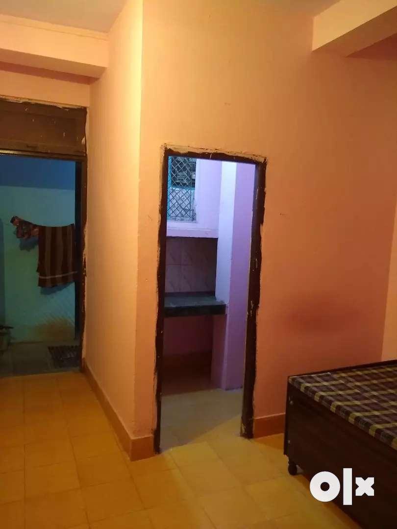 1Rk flat. No brokage No security. Patpar ganj Mayur vihar phase I 0