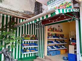 Shop for rent in Nuvem, facing the Road