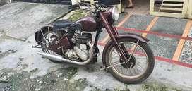Sepeda motor antik BSA M20 500cc 1948