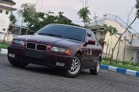 BMW th 1996 type 318i istimewa