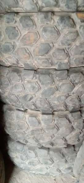 BRIDGESTONE 14.00R20 RADIAL TYRES FOR TRAILERS