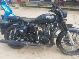 stealth black 500 cc classic in a very good condition & new battry