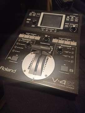 Video Mixer Roland V-4EX (pemakaian 4 tahun)