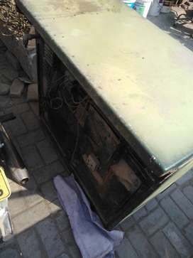 I want sale used oven