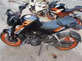 ONLY 5 MONTH  OLD KTM DUKE 125 ABS