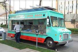 Fastfood cook for a foodtruck startup