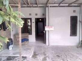 Di Kontrakan Rumah di Perum Turen Asri, blok B19, Telukan Grogol Skh.