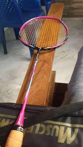 2 week used badminton bat   li ning